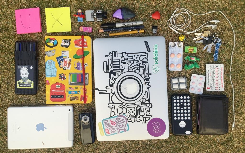 Exercício: como você organizaria e agruparia as coisas que carrego comigo todos os dias?